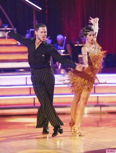 Val Chmerkovskiy and Zendaya dancing jive week 2, season 16, Dancing With the Stars.