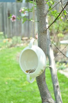 Make  an easy bird feeder from a vintage two-handled sugar bowl and some garden twine