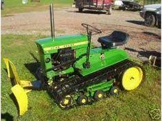 John deere garden tractor on tracks with plow. John Deere Garden Tractors, Yard Tractors, Small Tractors, New Tractor, John Deere Equipment, Old Farm Equipment, Heavy Equipment, Garden Equipment, Antique Tractors