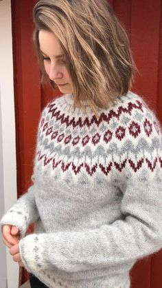Fair Isle Knitting Patterns, Knit Patterns, Norwegian Knitting, Icelandic Sweaters, Creative Knitting, Sweater Design, Sweater Fashion, Diy Clothes, Baby Knitting
