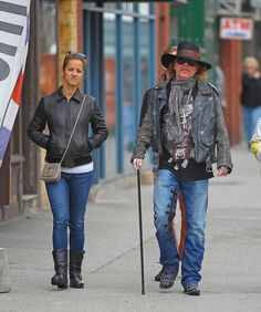 Axl Rose Spotted in NYC - Pictures