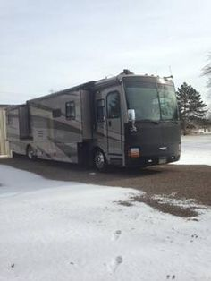 2004 Discovery 39L for sale by owner on RV Registry. http://www.rvregistry.com/used-rv/1008672.htm