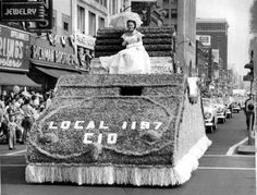 City of Erie Centennial parade proceeding down State Street (1951)