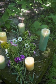 I love this simple outdoor altar; such beauty and grace.