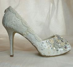 Twinkly Peeptoes Wedding shoesvintage lace with  by tlccreationsuk, $305.00