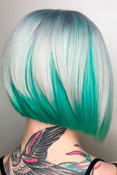 Wish to get two-tone hairstyle? Check the easy and trendy hair color with or without highlights. If ombre hair attracts you, the alluring two-tone hair ideas are perfect for you. Hair Dye Colors, Cool Hair Color, Under Colour Hair, Mint Hair Color, Elumen Hair Color, Mint Green Hair, Vivid Hair Color, Pastel Hair, Ombre Hair