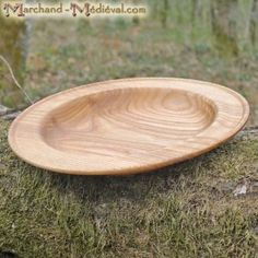 Assiette médiévale en bois de frêne