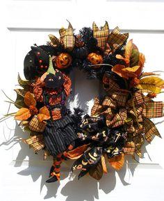 Peekaboo Pumpkin Wreath / Halloween Decor / Black and Orange Wreath / Halloween Decor / By English Rose Designs Oh Halloween Ideas, Fraidy Cat, Pumpkin Wreath, Halloween Decorations, Halloween Wreaths, English Roses, Rose Design, Black Decor