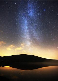 Perseid Meteor shower over Spelga Dam, Mournes. Photos by Paul Moane