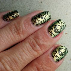 OPI Frog In My Throat (=Just Spotted The Lizard), 3 coats with stamped roses, using black stamping polish and MoYou London stamping plate Gothic Collection 07.