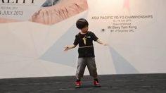 La définition d'un enfant prodige... Ah ouais quand même !  #buzz #video #incroyable #talent #enfant #yoyo