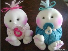 Muñecos de tela para bautismo - Imagui Holiday Crafts, Holiday Decor, Baby Shawer, Christmas Decorations, Christmas Ornaments, Room Accessories, Soft Dolls, Doll Patterns, Kids Toys