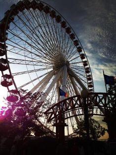 Chicago-Navy Pier-Ferris Wheel-Road trip  Curso de Idiomas en el Exterior CAUX InterCultural.  Estudia Inglés en CHICAGO Para más información escribenos a intercultural@cauxig.com by ericka