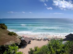 Entre Padang Padang et Impossible, le spot de surf Dreamland est le seul beach-break du Bukit à Bali, en Indonésie sur www.tripalbum.net/bali-lombok/