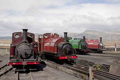 Four George England Engines (Comment by original pinner. Steam Trains Uk, Heritage Railway, Rail Train, Steam Railway, Train Pictures, British Rail, Old Trains, Train Engines, Steam Engine
