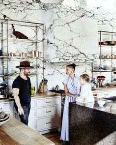 I keep seeing @denisevasi 's kitchen everywhere. Viral after @mydomaine captured these amazing images. The kitchen speaks for itself. A perfect display of the true beauty of marble. #denisevasi #home #house #california #kitchen #living #dining #design #de