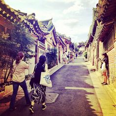 Photo by yatcher • Instagram • Bukchon village
