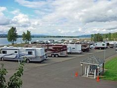 Best Waterfront Campgrounds RV Parks In The USA Columbia Riverfront Park Exit 22 Along On Banks Of R Sandy Beach
