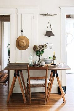 simple table photographed by lean timms / sfgirlbybay