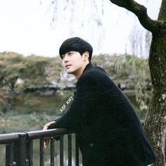 """좋아요 157개, 댓글 3개 - Instagram의 KBF_KHJ(@kbf_khj)님: """"Bye bye octubre 💚"""" Ji Hoo, Korean Bands, Bye Bye, Lee Min Ho, Korean Actors, Eye Candy, Ss, Instagram, Love"""