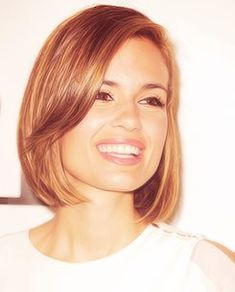 Torrey Devitto / bob hair cut This is my new hair, with my bangs of course