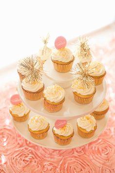 gold fringe cupcakes #ohbaby