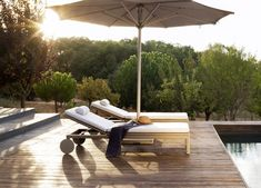 Garden Parasols No garden is complete without something to keep the suns rays away. Garden umbrellas for the home range in price from £20 to £3,000, & there an enormous different between the va…