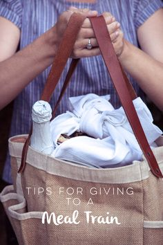 Gewusst wie: Mahlzeit Train Etiquette – Hither & Thither – Essen und Trinken Homemade Gifts, Diy Gifts, Great Gifts, Make Ahead Meals, Freezer Meals, Mobiles, Just In Case, Just For You, Do It Yourself Food