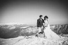 Reportage Wedding Photographer - Trash the dress