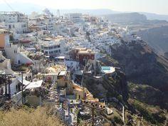 Santorini é mais bonita vista de longe... Grécia, 2009.