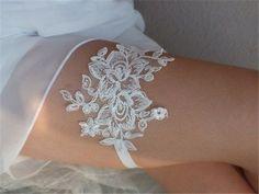 46 Wedding Garter Ideas For Fashion-Forward Brides Trendy Wedding, Elegant Wedding, Wedding Ideas, Wedding Looks, Dream Wedding, Ivory Wedding Garter, Lace Wedding, Diy Lace Garter, Wedding Dresses