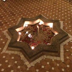 Riad Bouchedor, Ouarzazate, palais des 1001 nuits une fois le soleil couché!