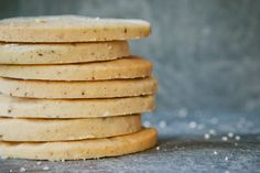 whole vanilla bean shortbread | london bakes - made with a combo of rice flour and corn flour! interesting!