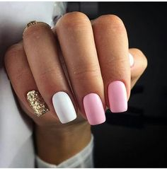 What manicure for what kind of nails? - My Nails Gold Gel Nails, Pink Manicure, Cute Acrylic Nails, White Nails, Glitter Nails, Gel Nail Art, Glitter Art, Gold Glitter, Stylish Nails