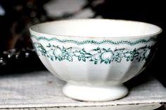 antique cafe au lait bowl