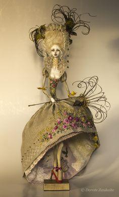 Each Bird Needs Freedom by Dorote Zaukaite - posable ooak doll Clay Dolls, Bjd Dolls, Paperclay, Creepy Dolls, Little Doll, Fairy Dolls, Custom Dolls, Ball Jointed Dolls, Doll Face