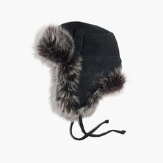 Founded in 1948 by a soldier turned glovemaker, Owen Barry produces heirloom-worthy leather and sheepskin goods proudly manufactured by British craftspeople (including members of the founder's family). This luxurious fur hat is one you'll look forward to wearing year after year. <ul><li>Sheepskin.</li><li>Specialist clean.</li><li>Made in England.</li><li>Madewell.com only.</li></ul>