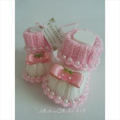 Hey, I found this really awesome Etsy listing at https://www.etsy.com/ru/listing/213858510/knitted-booties-for-new-babybaby-booties