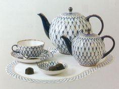 Lomonosov Porcelain Cobalt Net - http://www.lomonosov-russia.com/