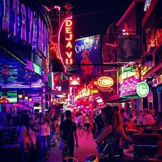 Soi cowboy Bangkok Tailandia - A Guide to Bangkok's Red Light Districts - Thailand Travel Thailand Shopping, Thailand Travel, Thailand Destinations, Thailand Adventure, Harbor City, Dark City, Red Light District, Good Massage, Beautiful Streets