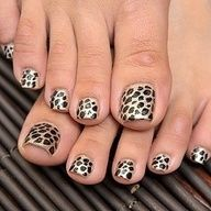 cool leopard pedicure #Nails Nail Art www.finditforweddings.com