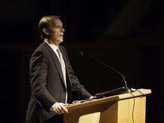 John Bytheway: Men talk for information, women talk for interaction. Read about it here: http://unvr.se/14mESat