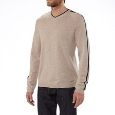 Two of nature's most durable, heat-holding fibers built into one of mankind's most useful pieces of clothing. #Patagonia Wool Cask V-Neck . $79.50 -  $159.00 ON SALE - up to 50% Off #ecoactiveyou