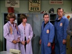 some quasi-straight drama episodes that fundamentally clash with this particular sitcom's overall tone.who in hell wants Laverne & Shirley . Ed Begley, Penny Marshall, Cindy Williams, Laverne & Shirley, Old Tv, Classic Tv, Online Images, Favorite Tv Shows, Chef Jackets