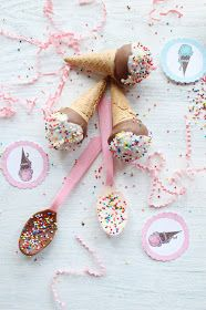 Icing Designs: Ice Cream Cone Cake Pops