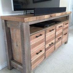 http://www.mylove2create.com/2015/11/reclaimed-wood-media-console.html