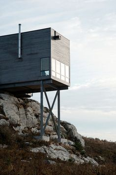 Cliff House in Nova Scotia | MacKay-Lyons Sweetapple Architects