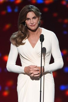 The Truth About Caitlyn Jenner's Plastic Surgery Addiction – Designerzcentral Plastic Surgery Addiction, Peter Berg, National Enquirer, Espy Awards, Kardashian Family, Celebs, Celebrities, Her Smile, Olympians