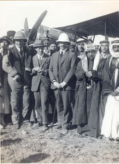 At Amman: Colonel Lawrence; The High Commissioner; The Amir Abdadallah [17/4/1921]