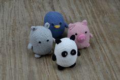 Gratis hækleopskrift på de fire venner - Little Happy BOO, Pinky, Birdy og Panda